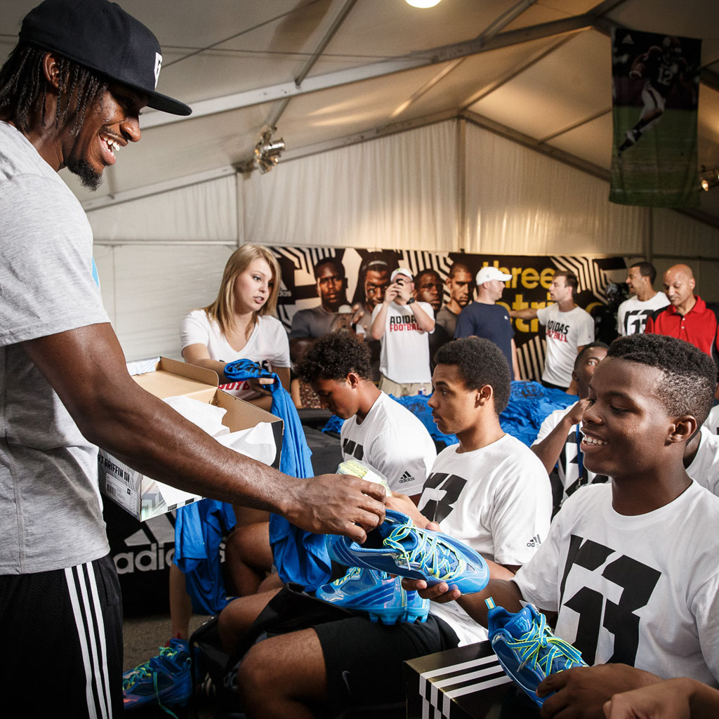 Robert Griffin III 3 Attends Texas 7-on-7 2014 (3)