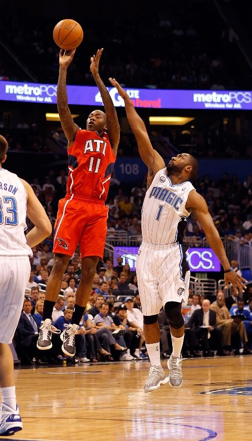 "Gilbert Watch: 4.17.2011 - Gil Kicks Off Playoffs In ""Cool Grey"" Air Jordan XI"