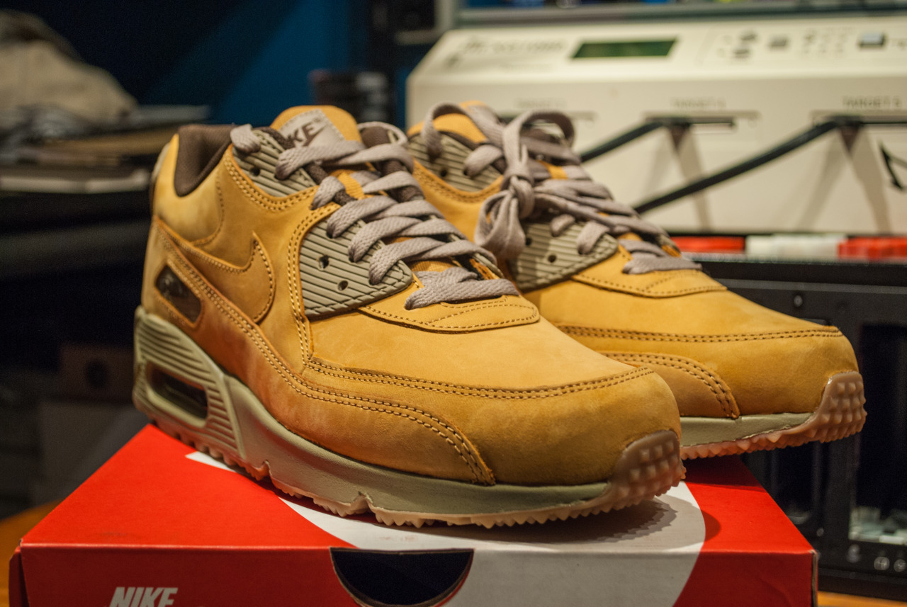 1189efa17eb The SC Forum s Best Pickups of the Week