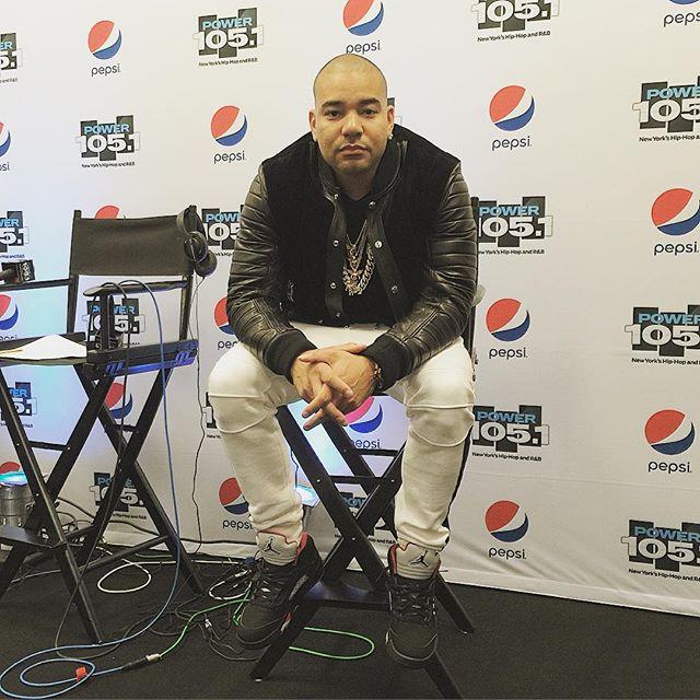 4701133bcf5664 DJ Envy wearing the  Black  Supreme x Air Jordan 5