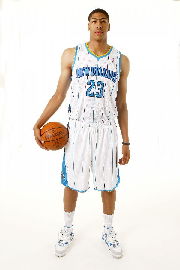 new product a7a63 143fb ... order anthony davis wearing air jordan iv 4 military blue 1 7eee2 80bce