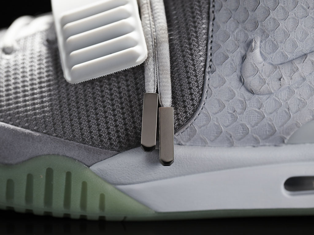 Nike Air Yeezy II Platinum Official Photos (5)