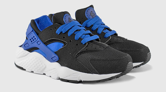 new products 3a089 c7099 Nike Air Huaraches Borrow