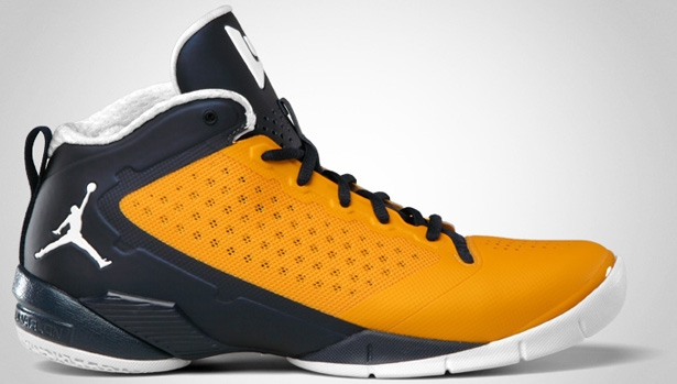 Jordan Fly Wade II University Gold/Obsidian-White