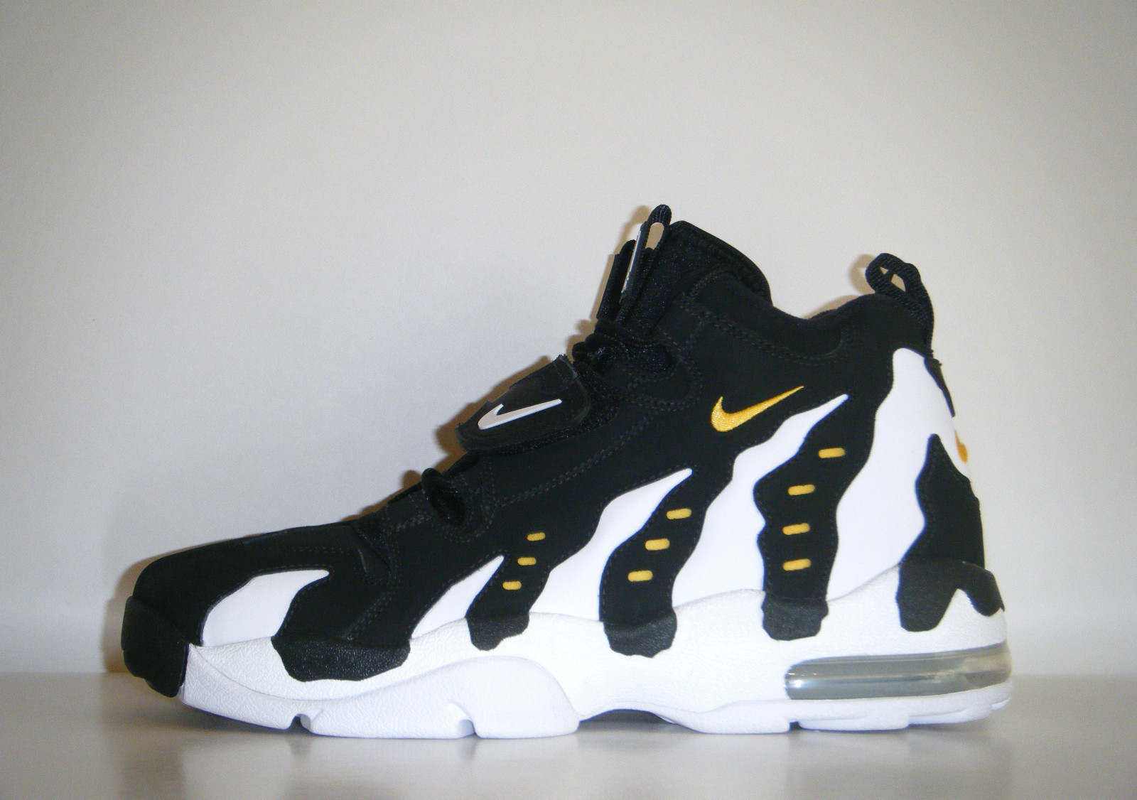 7d0805f256 Nike Air DT Max '96 - Two Colorways   Sole Collector