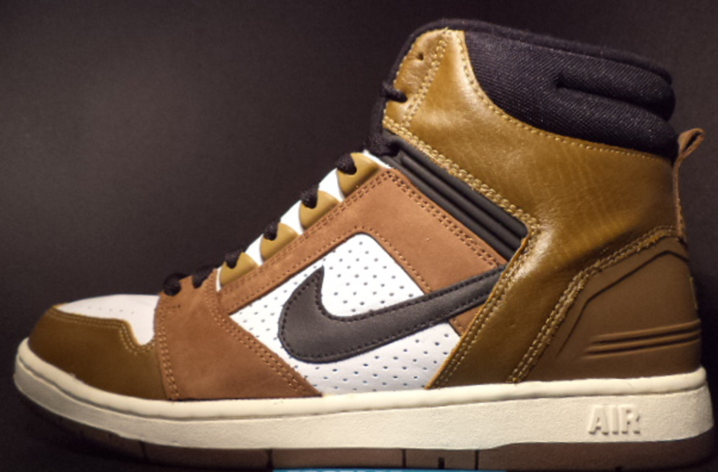Nike Air Force 2 High 'Escape'. Style Code: 624006-101. Colorway: White/ Black-Greenend Brown Year: 2003