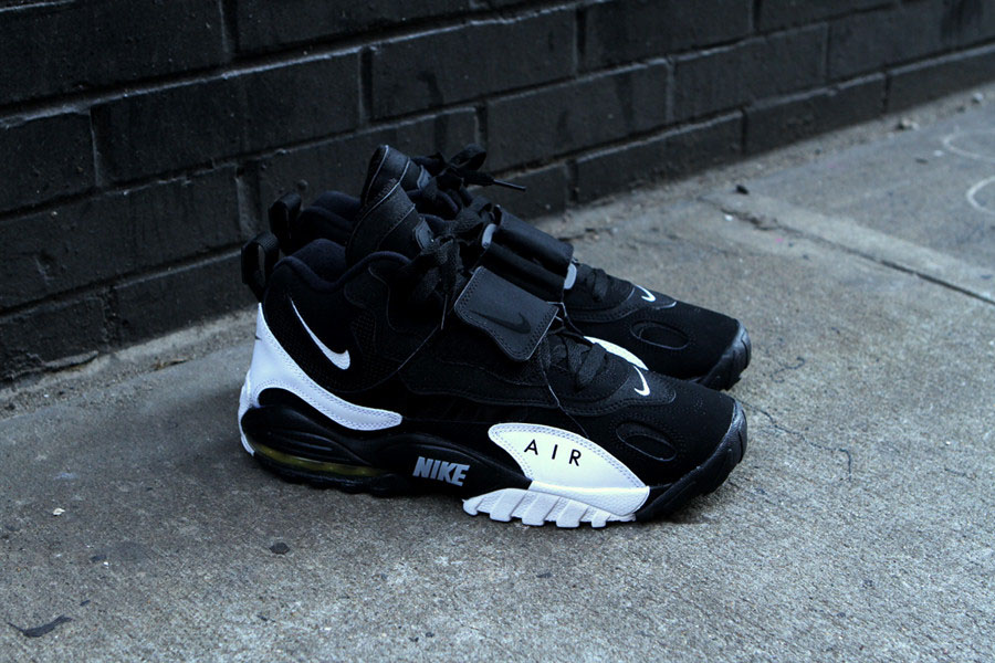 Available Now |Nike Air Max Speed Turf Grey Black Yellow