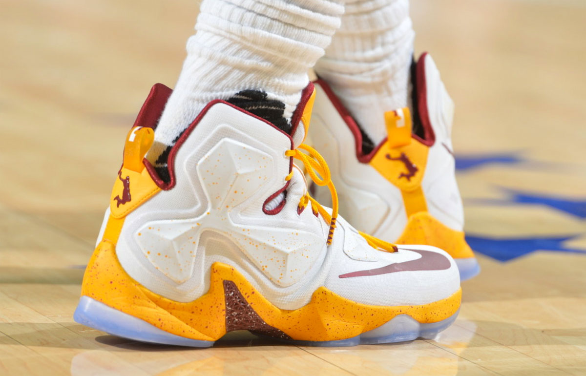 LeBron James Wears White/Wine-Gold Cavs Nike LeBron 13 PE (1)