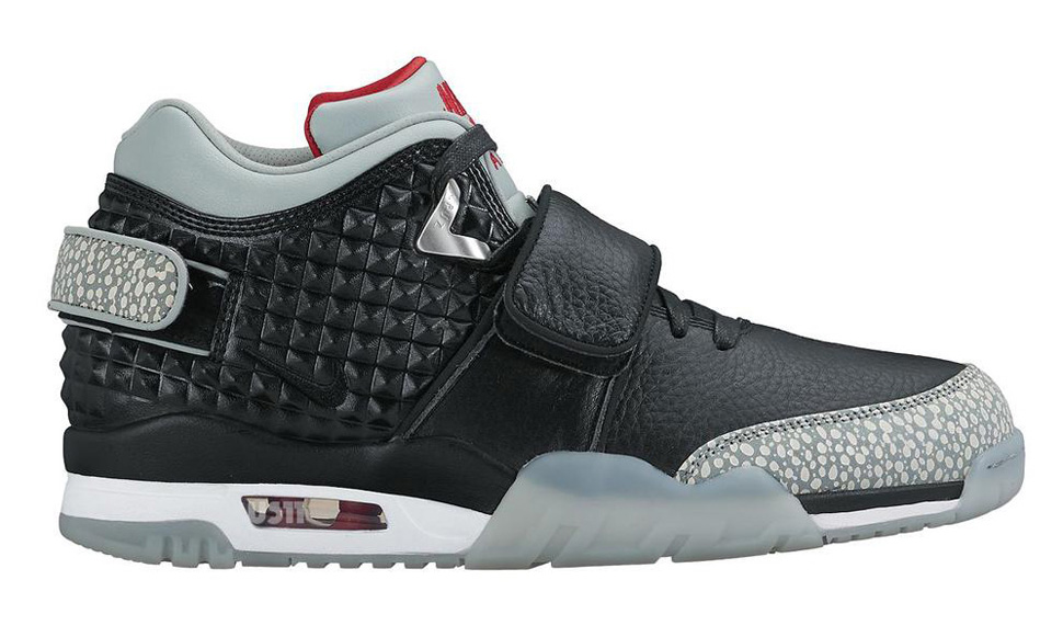 bcf98d04e5cf6 This May Be a First Look at Victor Cruz s First Nike Signature Shoe ...