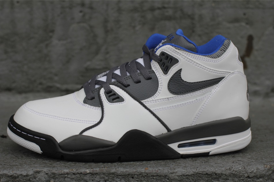 official photos 798d0 0c9a7 canada this latest release of the air flight 89 is now available at select  nike sportswear