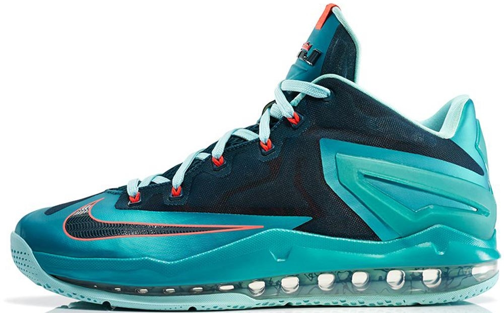 Nike LeBron 11 Low Turbo Green/Nightshield-Glacier Ice-Laser Crimson