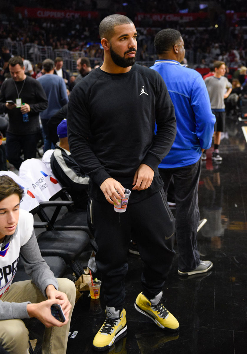 Drake Watches The Clippers Play In The Tokyo 23 Air