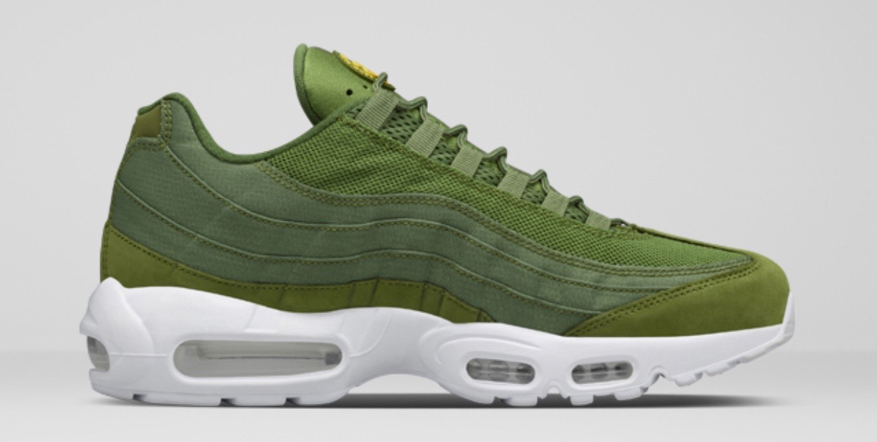 9d969012fb ... clearance get a full look at the stussy x nike air max 95 trio sole  collector