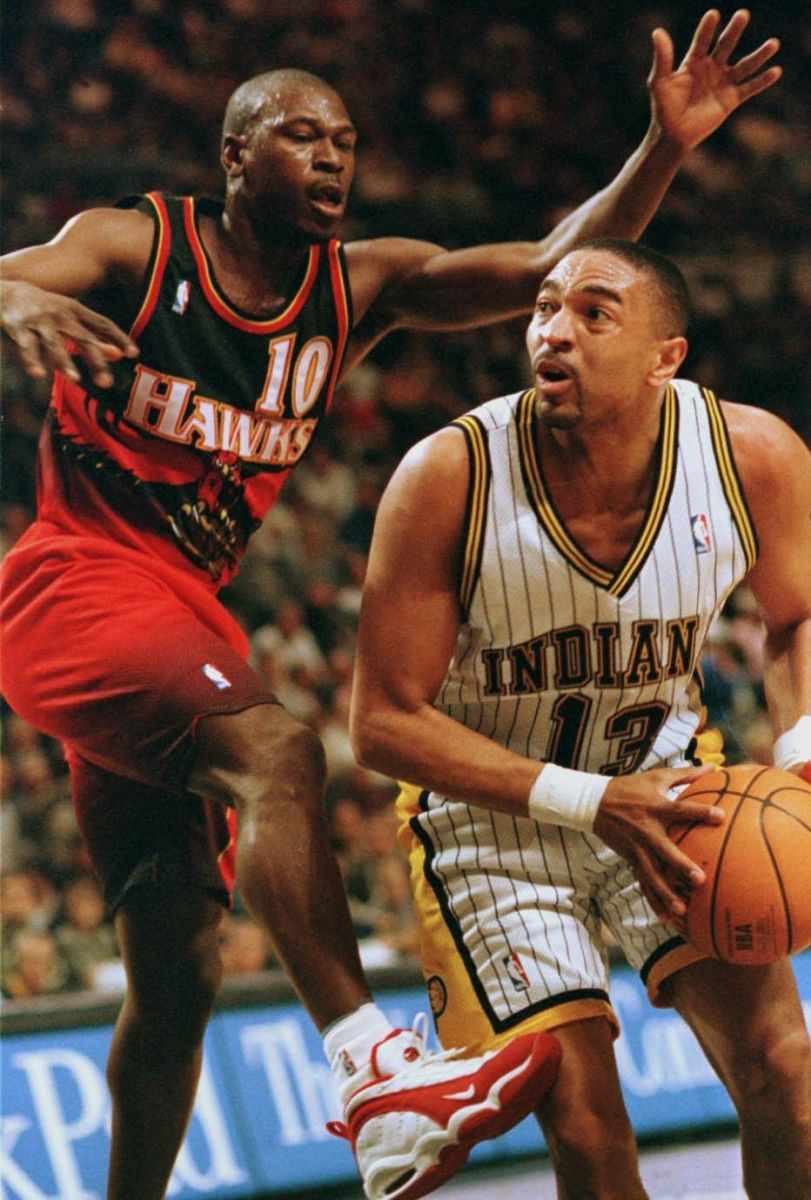 "Flashback Best Shoes Worn With the Original Atlanta Hawks ""Big"
