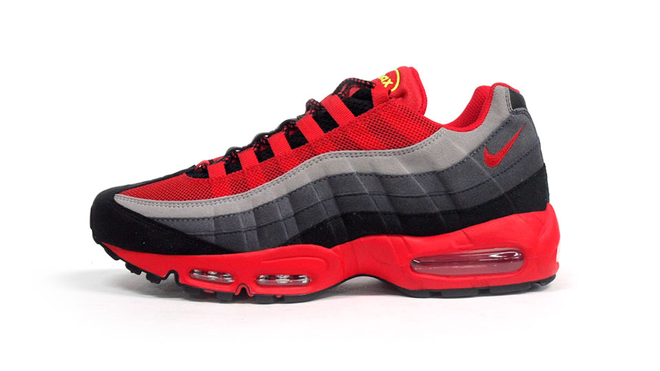 Nike Air Max 95 Ekiden Pack in Challenge Red for Josai University