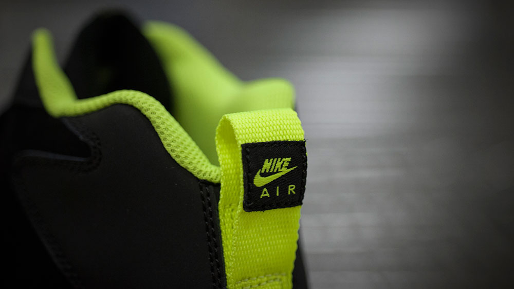 Nike Air Mission Black/Volt (2)