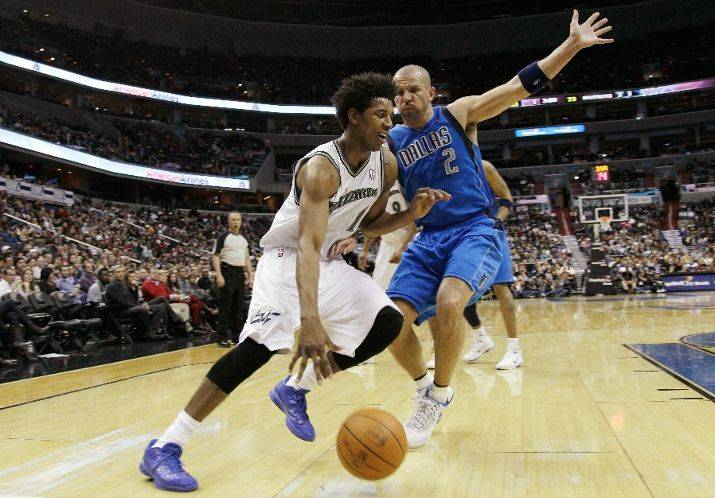 "Nick Young wearing ""East LA"" Nike Zoom Kobe VI"