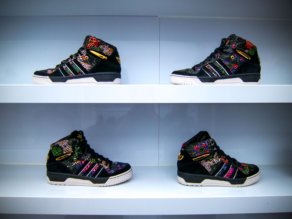 newest f5207 6ae28 Big Sean x adidas Originals Metro Attitude Launch at KITH (1)