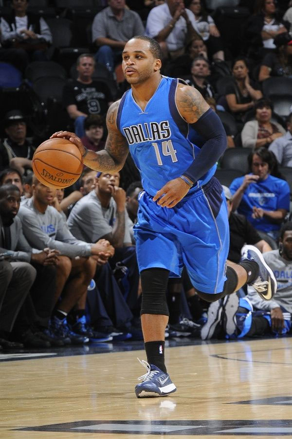 Jameer Nelson wearing Nike Zoom Run the One