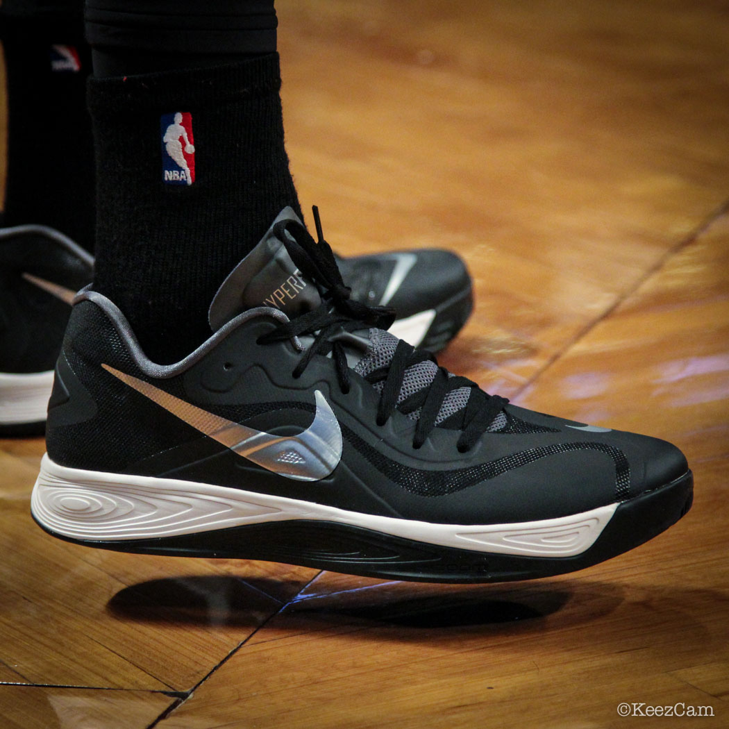 Sole Watch // Up Close At Barclays for Nets vs Heat - Andray Blatche wearing Nike Zoom Hyperfuse 2012 Low