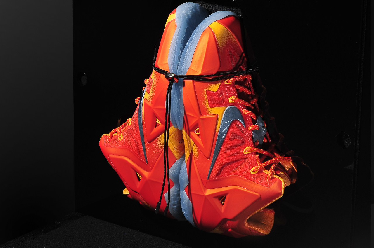 Nike LeBron 11 Forging Iron Special Packaging interior