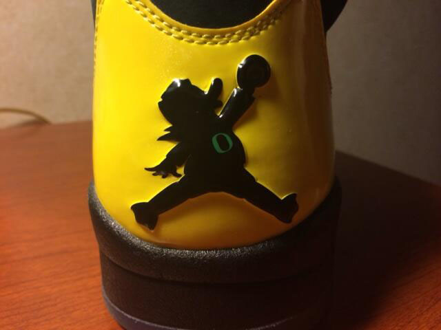 Air Jordan 5 Retro Oregon Black JumpDuck (2)