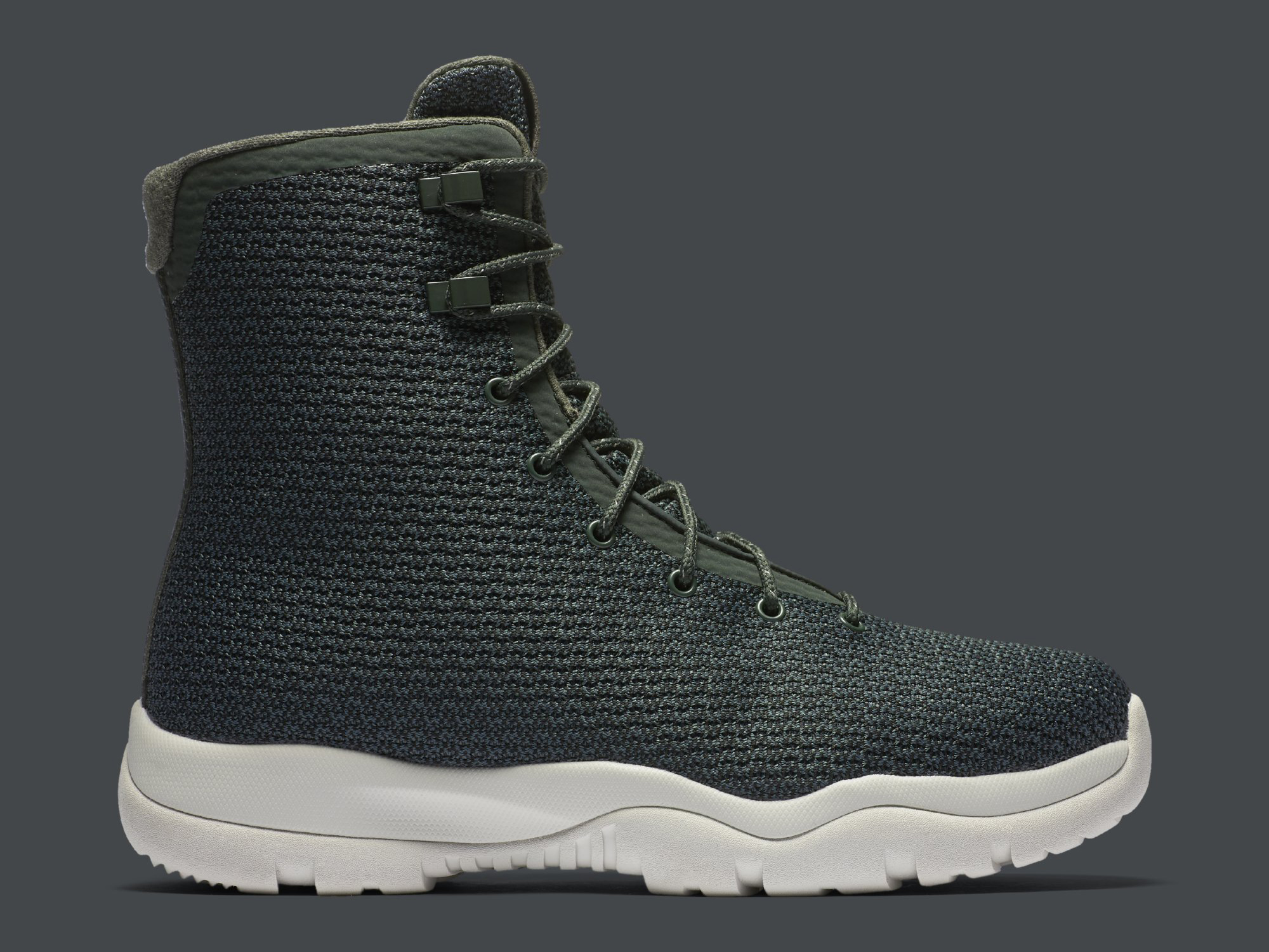 Jordan Future Boot Grove Green 854554-300 Profile