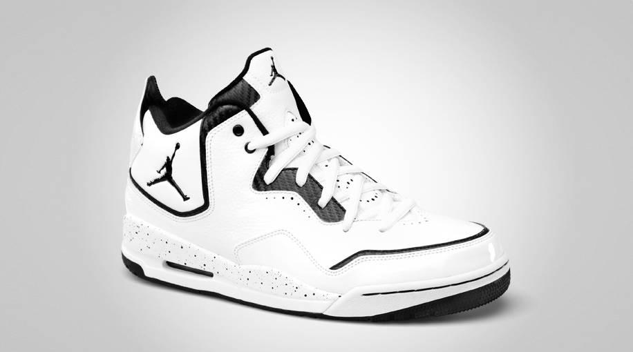 promo code 9575d 2e6a1 Jordan Courtside White Black 453980-110