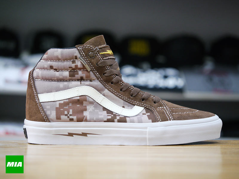 DEFCON x Vans Syndicate Sk8-Hi Notchback profile