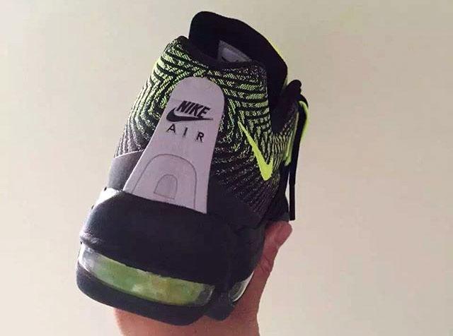 c1b655846 Nike Air Max 95 Ultra Jacquard Black/Volt 749771-007 (2)