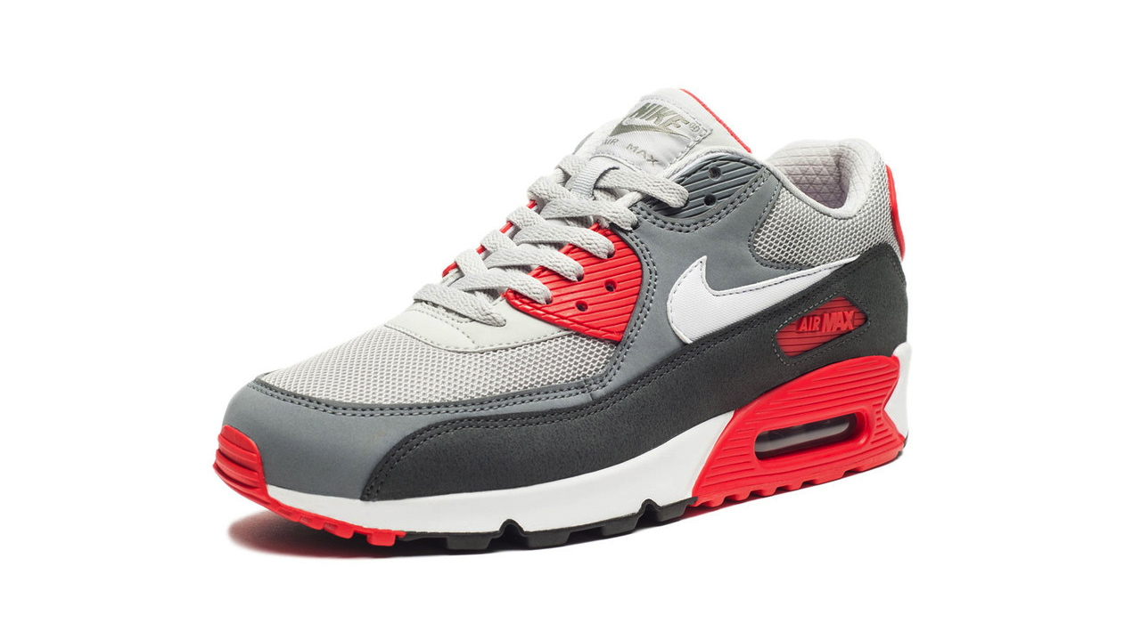 brand new 50fa0 adcd8 Nike Air Max 90 Essential in Dusty Grey and Red