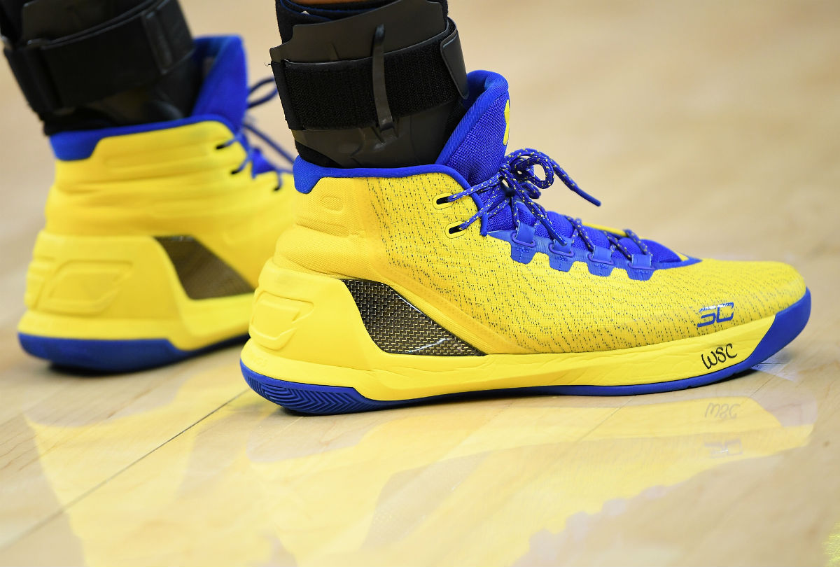 Stephen Curry Signs Shoes Kid | Sole Collector