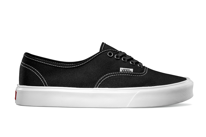 Vans LXVI Authentic Lite Black