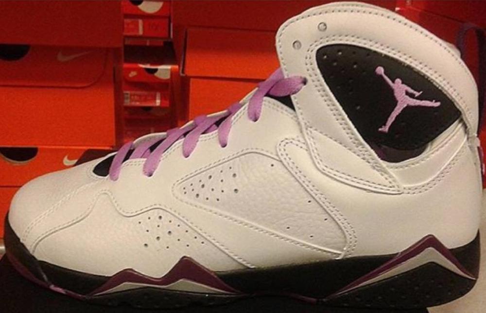 Girls Air Jordan 7 Retro White/Fuchsia Glow-Mulberry