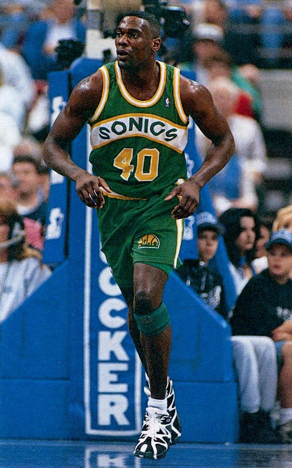 Flashback    Shawn Kemp in the Reebok Kamikaze I  944c41330