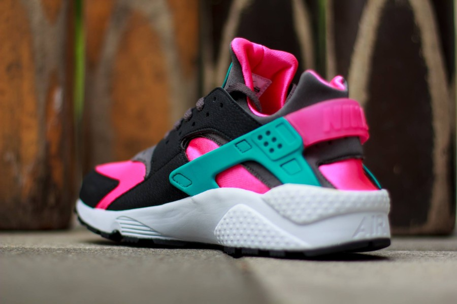 2c8f066f2e1b ... greece nike air huarache hyper pink dusty cactus medium ash 8c5e3 8576a