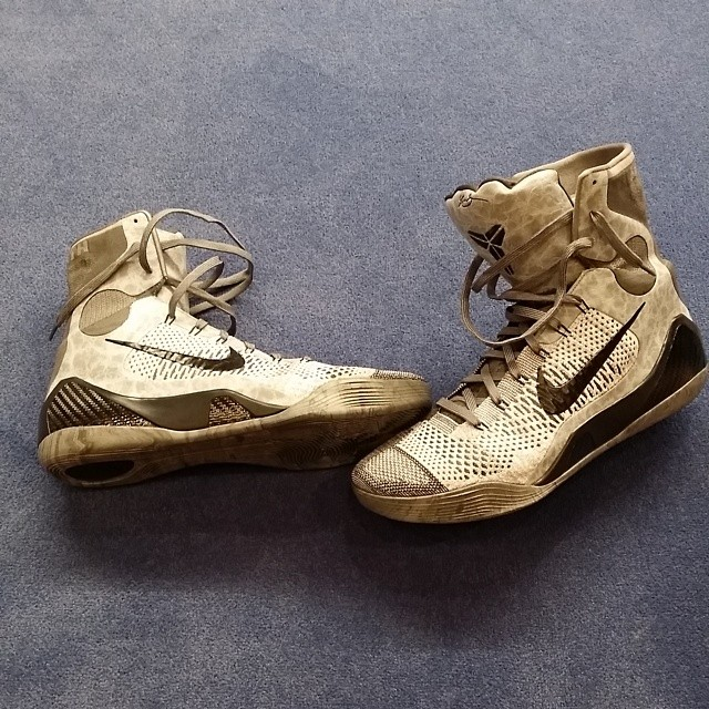 J.R. Smith Picks Up Nike Kobe 9 Elite Detail