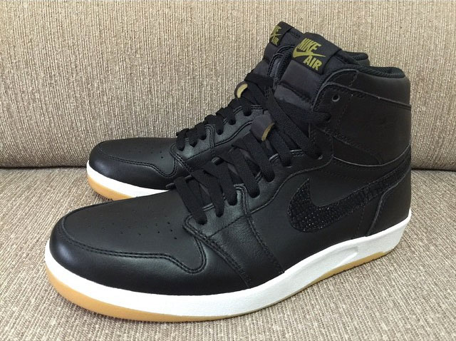 ab1d5f241359 A Look at the Black Gum Air Jordan 1.5 From Every Angle
