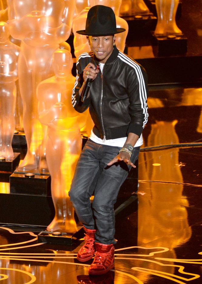 Pharrell Performs at the Oscars in adidas Originals (2)