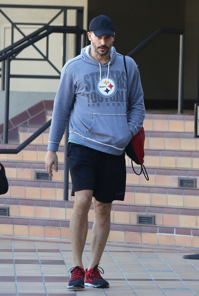 Joe Manganiello wearing Nike Free Trainer 5.0