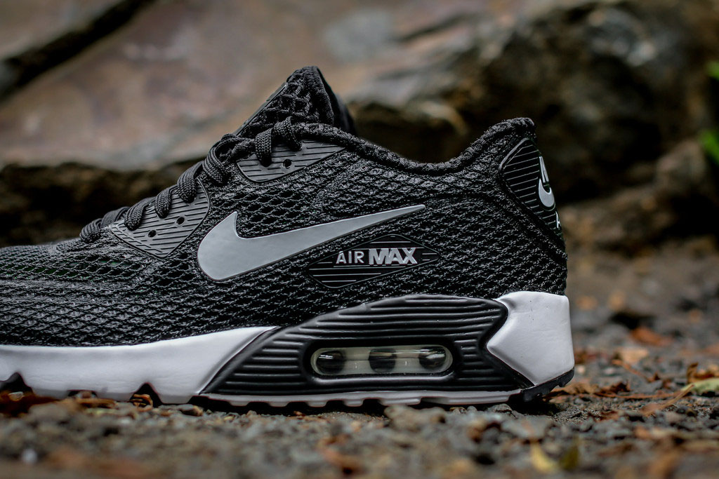 Nike Air Max 90 Ultra Breeze Black (2)