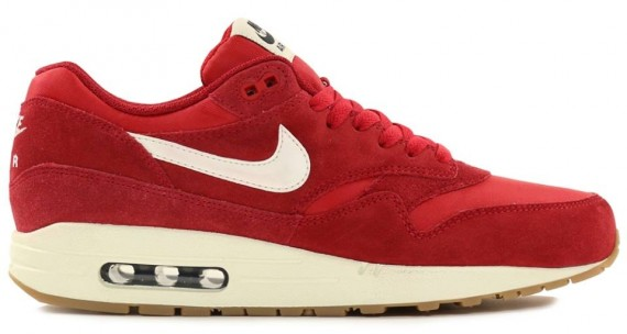 air max one essential rouge