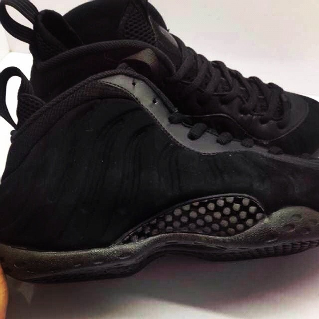 Nike Air Foamposite One Black Suede (5)