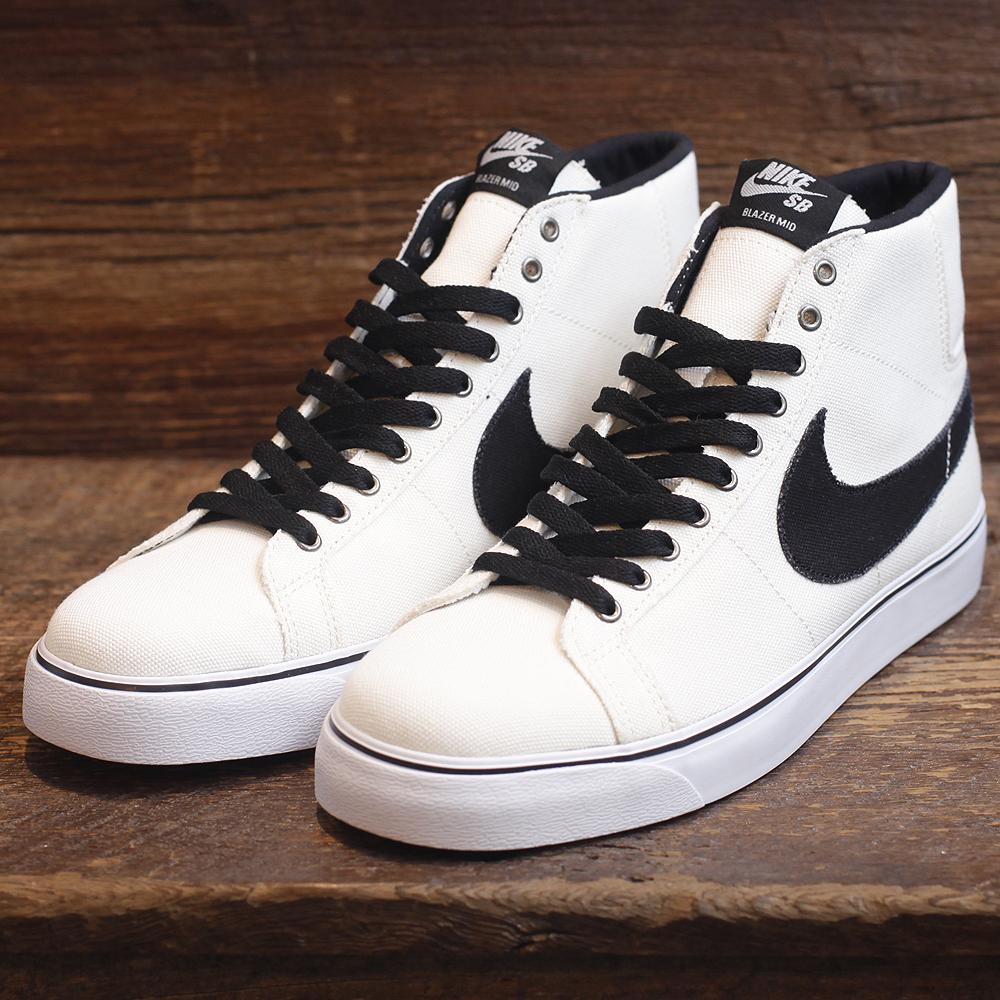 online retailer 809e6 12364 Nike SB Blazer  Two Up