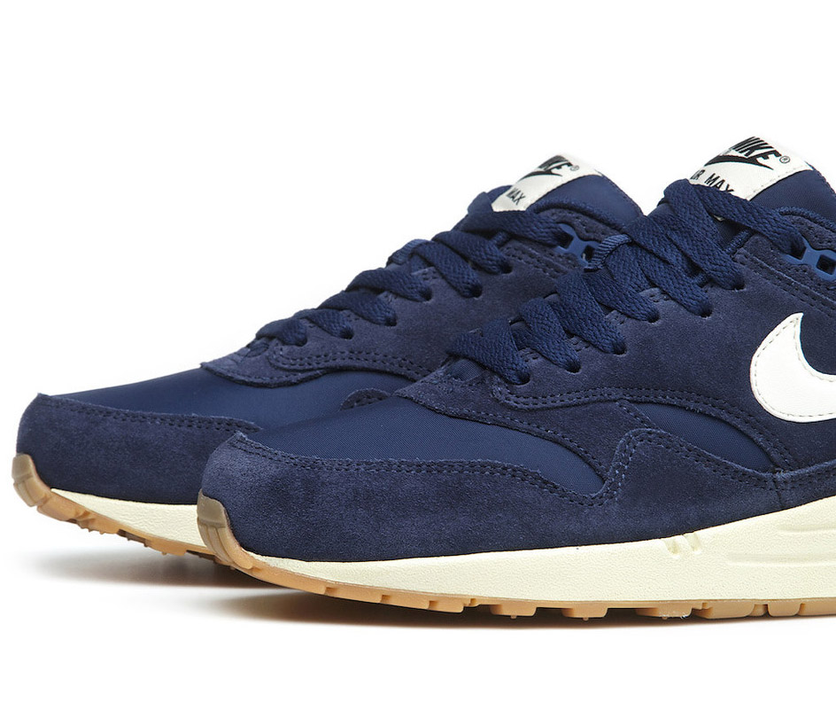 nike air max 1 essential suede 39 midnight navy 39 sole. Black Bedroom Furniture Sets. Home Design Ideas