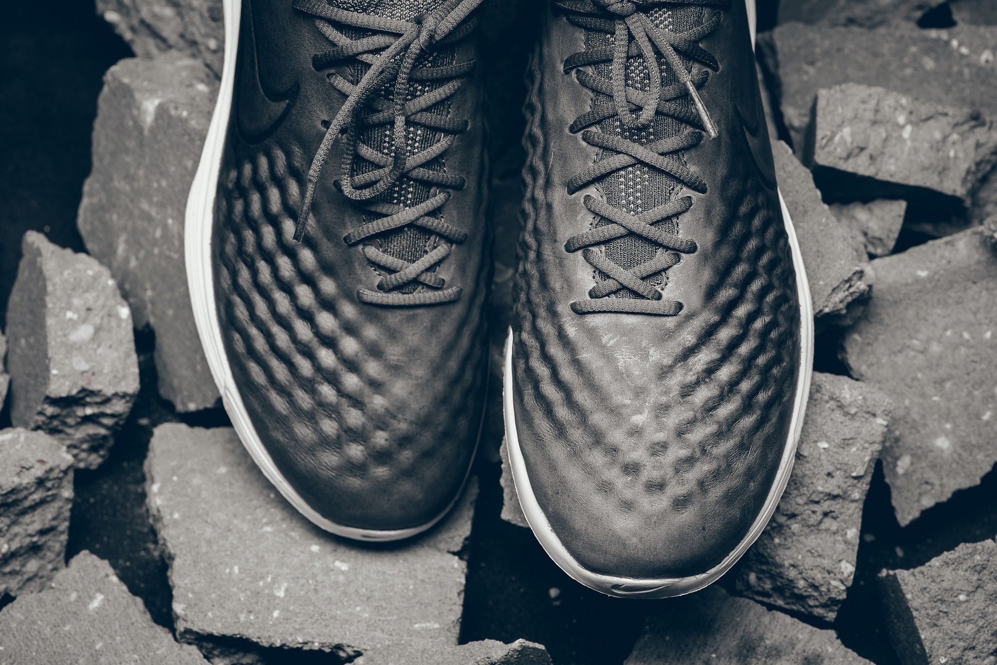 Nike Lunar Magista 2 Flyknit Toe