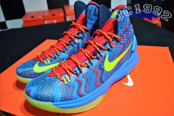 Nike KD V - Christmas | Sole Collector