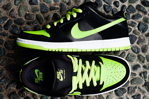 1c8b5a973cafd Nike SB Dunk Low Pro Neon J Pack Black Chartreuse 304292-019