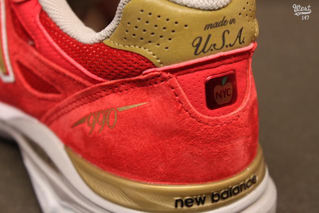 jordan retro 6 bleu - New Balance M990 NYC Marathon Edition | Sole Collector