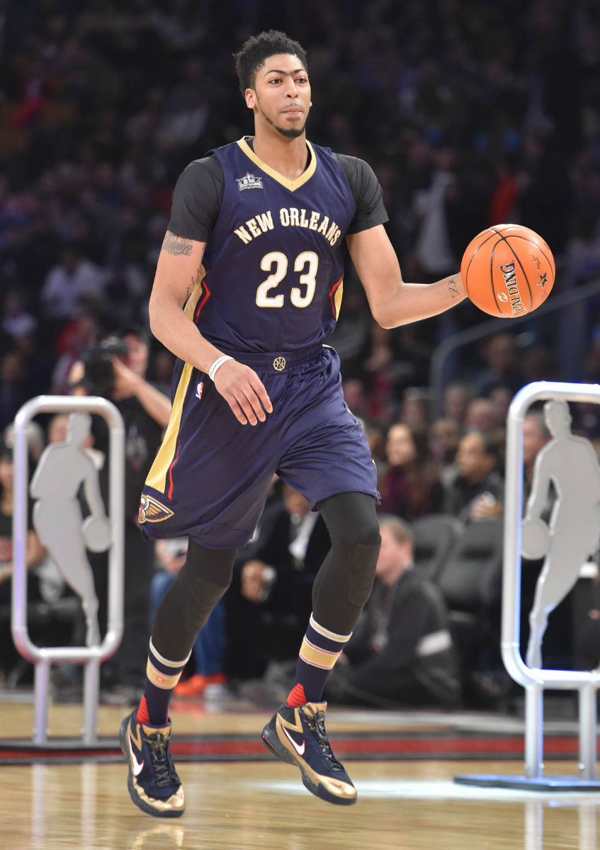 Anthony Davis Wearing the Nike Air Max Audacity